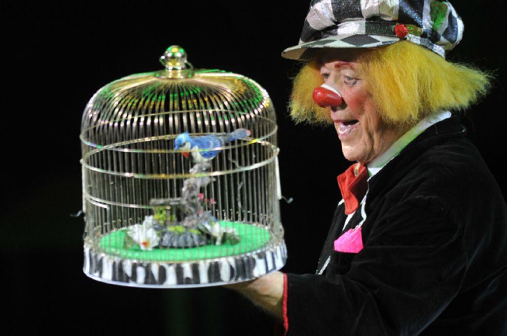 2 ноября ушел из жизни «солнечный клоун» Олег Попов. Ему было 86 лет.