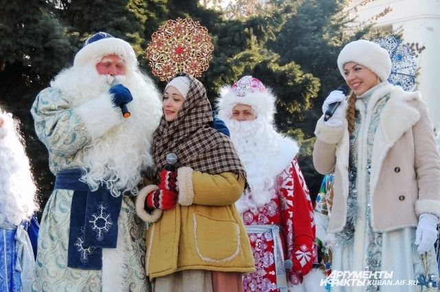 Новогодние елки откроются в более комфортную для новосибирцев погоду