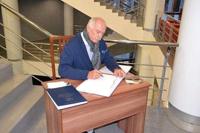 Путин: вопросы подачи истории в«Ельцин-центре» требуют уточнения