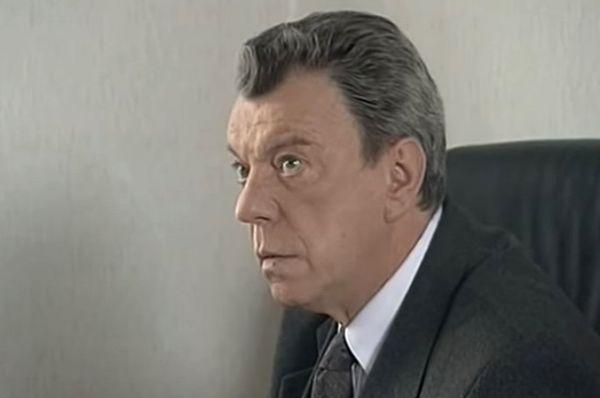 Вячеслав Шалевич в роли Виталия Евгеньевича Пучкова в сериале «Марш Турецкого 2» (2001-2002).