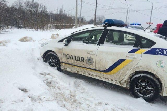 Автомобиль правоохранителей