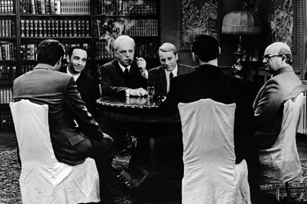 В сериале «Семнадцать мгновений весны» (1973) Шалевич сыграл американского дипломата и разведчика Аллена Даллеса.