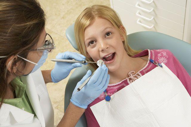 Стоматолог рассказала, как сохранить зубы здоровыми и красивыми.