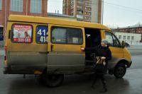 Старые маршрутки в Омске - не редкость.