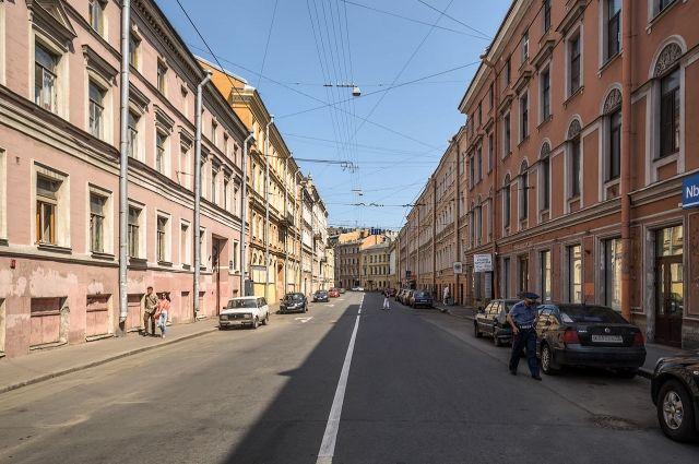 Казанская улица на протяжении веков несколько раз меняла название.