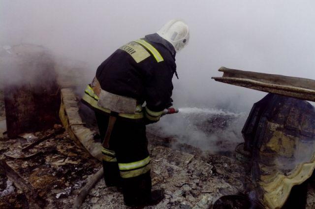 Пожар нарынке «КрасТЭЦ» уничтожил кафе вьетнамской кухни
