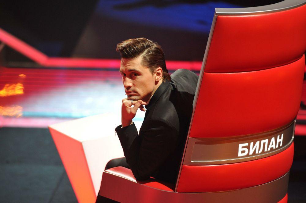 В 2012 году Дима Билан удостоился чести быть приглашенным на телепроект «Голос» в роли наставника.