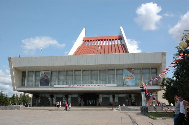 Своё 70-летие театр отметит 24 мая.