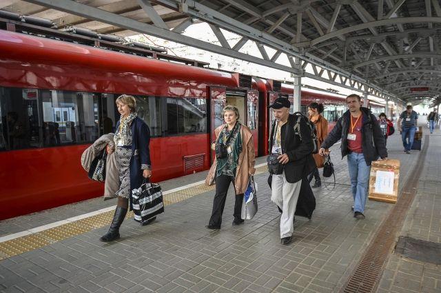Насколько в 2017 году подорожают билеты на поезд и самолет?