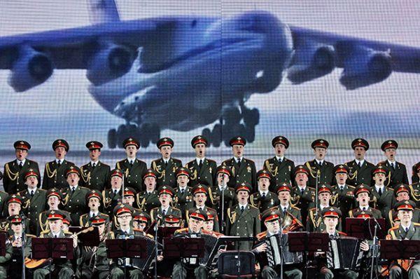 Ансамбль песни и пляски Российской Армии имени Александрова.