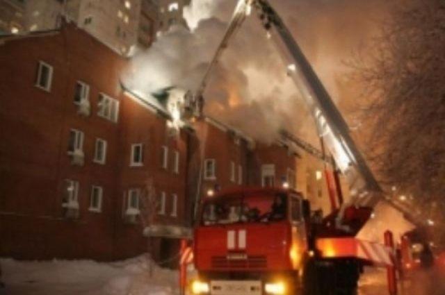 В общежитии загорелась комната
