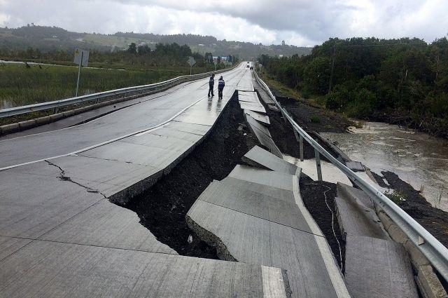 Мощное землетрясение вЧили