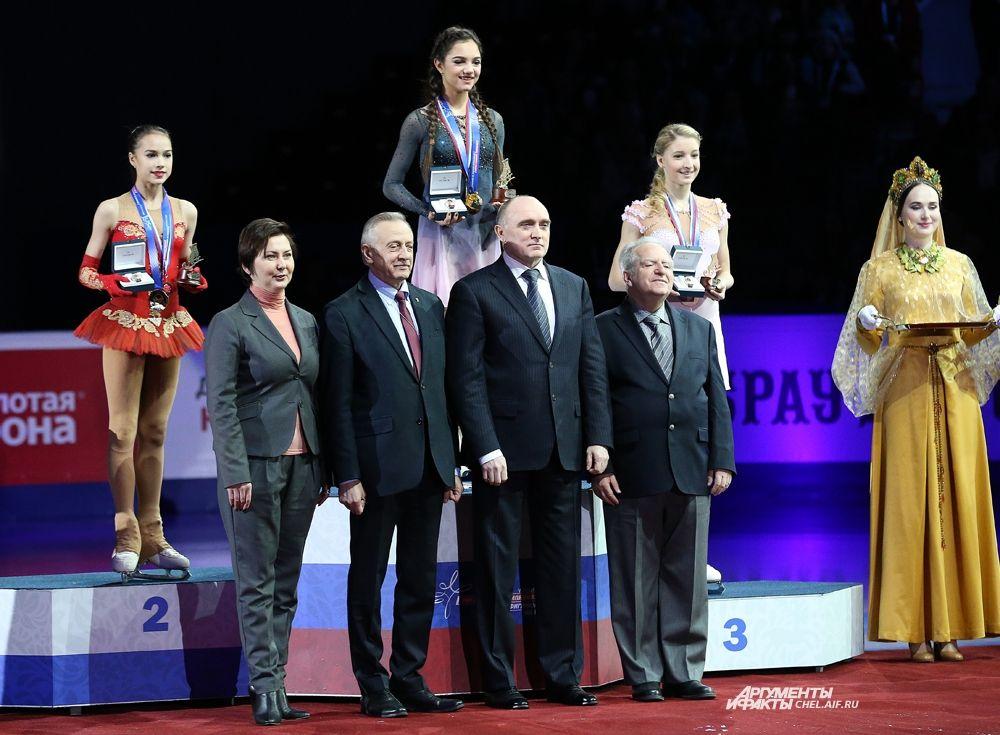 Победители в женском одиночном катании Евгения Медведева, Алина Загитова, Мария Сотскова