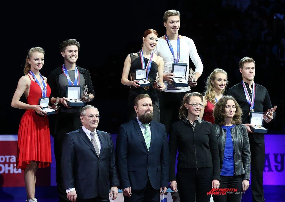 Победители среди танцевальных дуэтов Е.Боброва и Д.Соловьёв,А.Степанова и И.Букин, В.Синицина и Н.Кацалапов