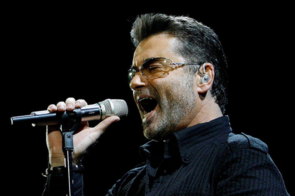 Сольная карьера Джорджа Майкла была довольно успешной. Его первый альбом Faith был продан в количестве более 16 миллионов экземпляров. Авторитетный журнал Billboard признал его самым продаваемым диском 1987 года в США.