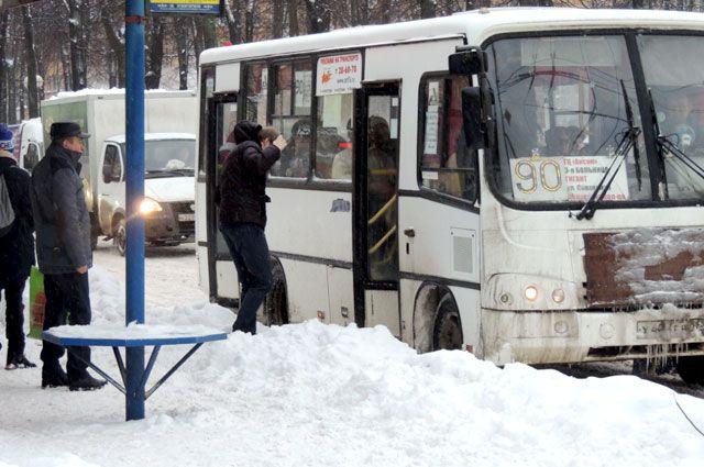 Плачевного исхода аварии удалось избежать благодаря своевременной реакции водителя автобуса.