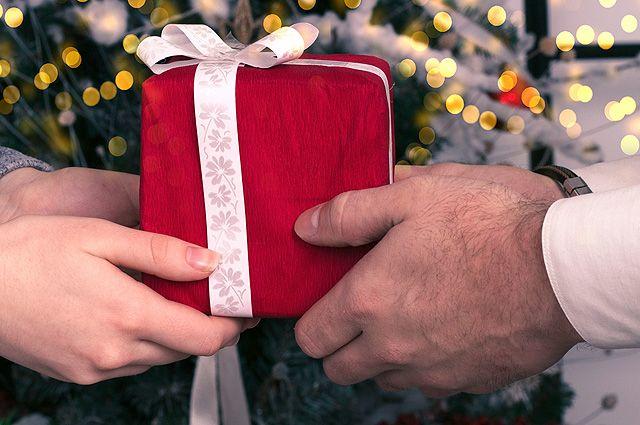 8 нужных сюрпризов. Что можно подарить полезного на Новый год?