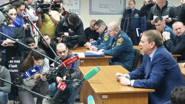 Огромное число журналистов приехало в Сочи со всей страны.