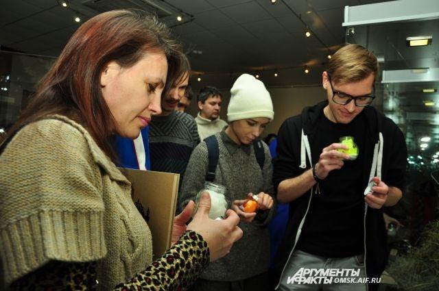 Первую ароматическую выставку Омска представил Дамир Муратов.