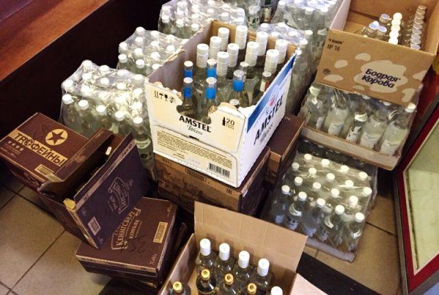 ВКраснокамске изъяли 3,5 тысячи бутылок поддельного дорогого алкоголя