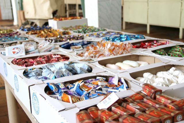 Контрафактные конфеты изъяли таможенники