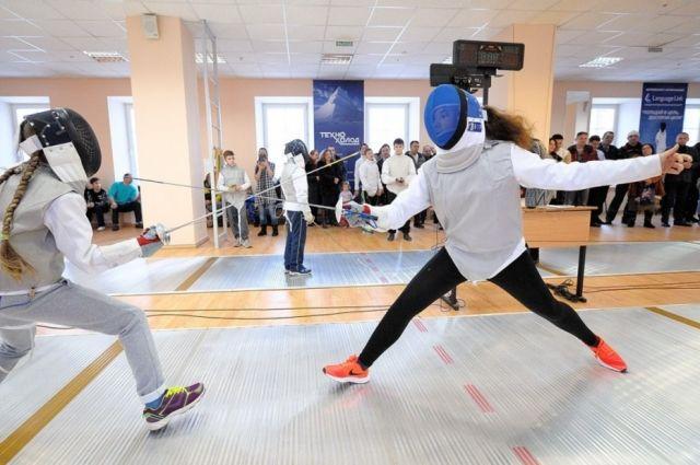 В Оренбурге впервые состоялся турнир по фехтованию