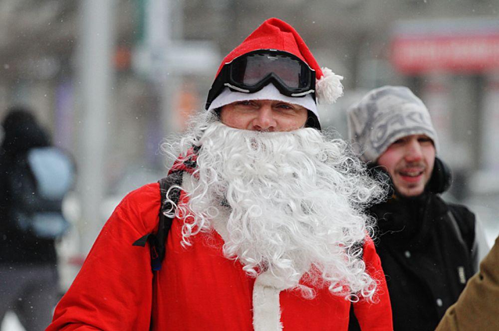 Борода - неизменный атрибут любого Деда Мороза