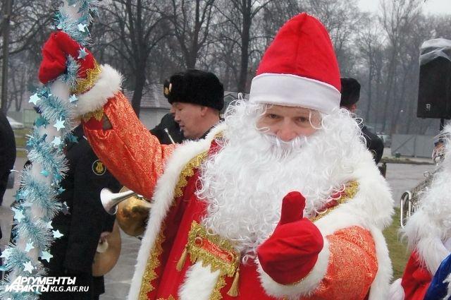 Каждый мужчина бывает в своей жизни Дедом Морозом.