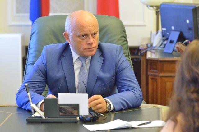 Виктор Назаров всегда внимателен к просьбам горожан.