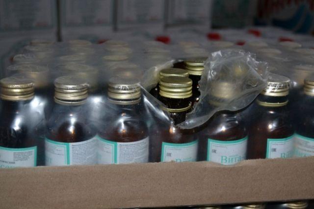 ВКузбассе закрыли подпольный цех попроизводству водки илосьона
