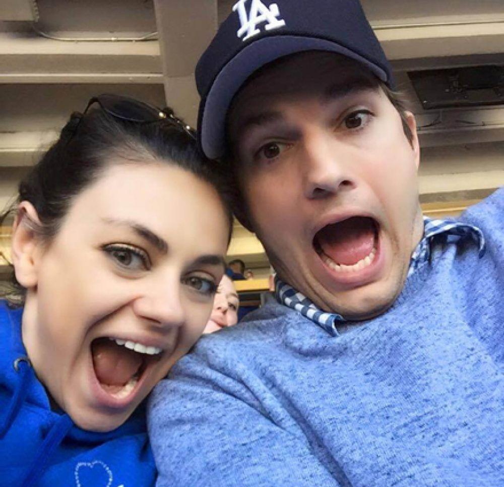 В ноябре стала родителями еще одна голливудская пара: Мила Кунис и Эштон Катчер. Актеры стали родителями во второй раз, у них родился сын.