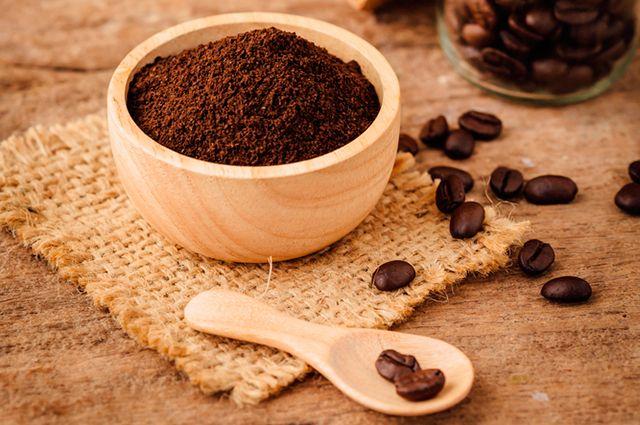 Кофейная гуща как удобрение: польза или вред? | Сад | Дача ...