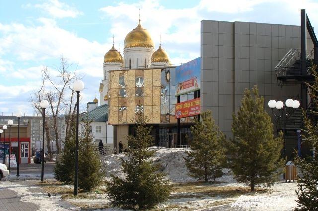 Четыре маршрута организованы от храма Рождества Христова.