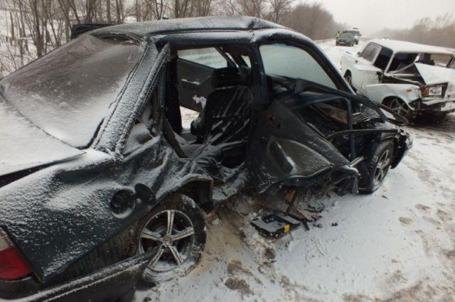 На трассе «Казань- Оренбург» в тройном ДТП погиб человек