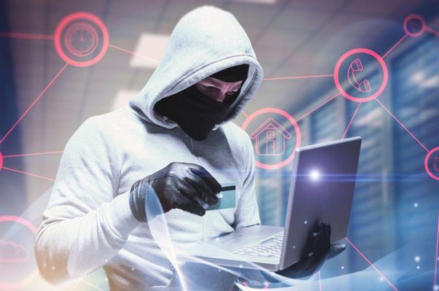 Попавших под санкции русских хакеров разыскивало ФБР