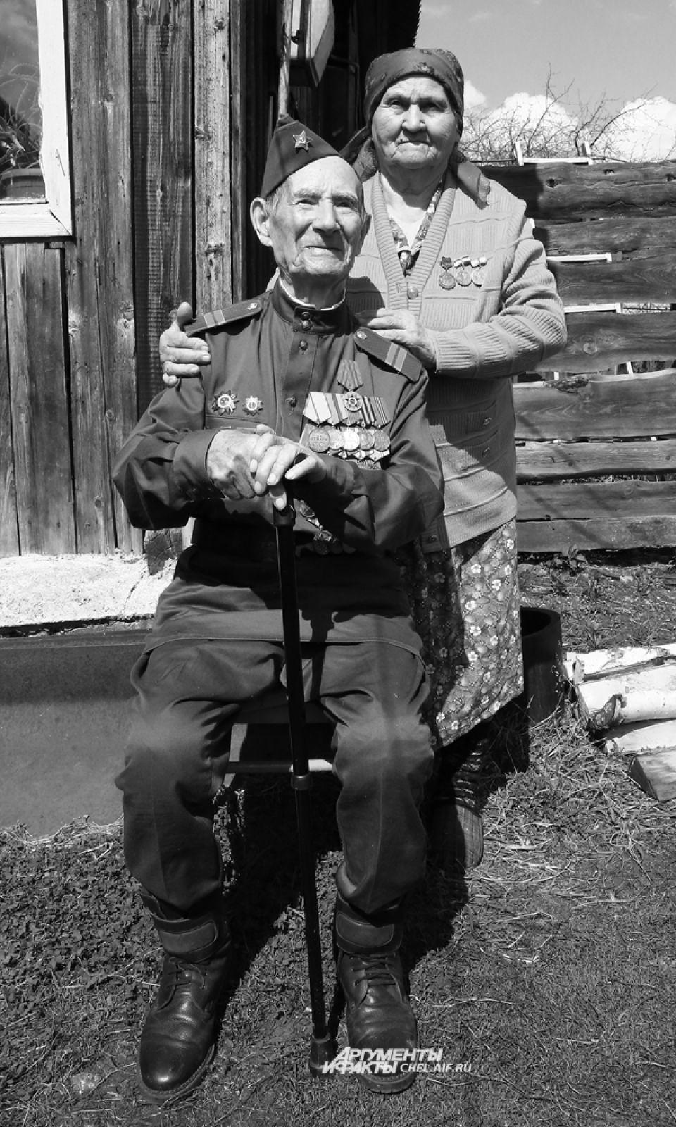 89-летний Гельмитдин Хисамович – последний ветеран Сосновского района, непосредственно сражавшийся с фашистами во время Великой Отечественной войны.