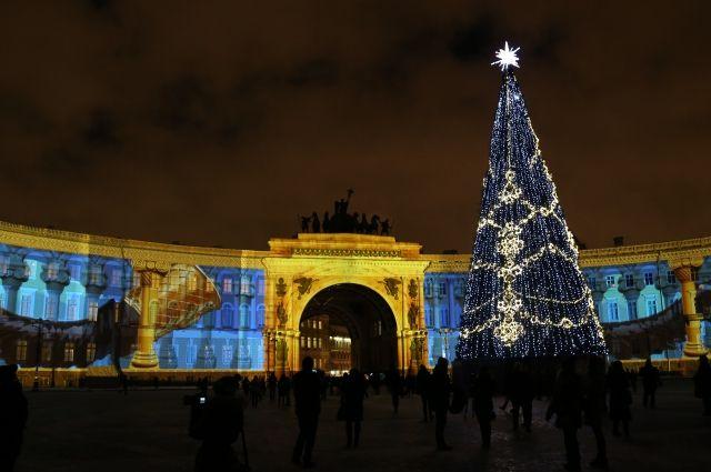 Световое шоу наДворцовой площади продлят до31декабря