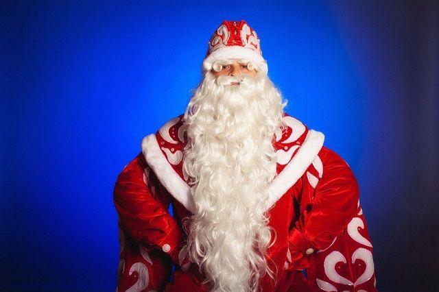 Итальянского дирижера сократили после сообщения детям, что Деда Мороза несуществует