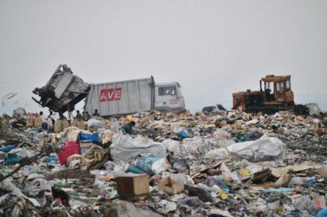 ВКитайской народной республике образовался немалый остров измусорных отходов