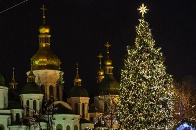 ВУкраинском государстве незафиксировано серьезных правонарушений впроцессе празднования Нового года— Нацполиция
