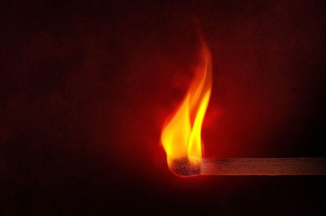 В 1-ый день нового года вКропоткине тушили мощный пожар