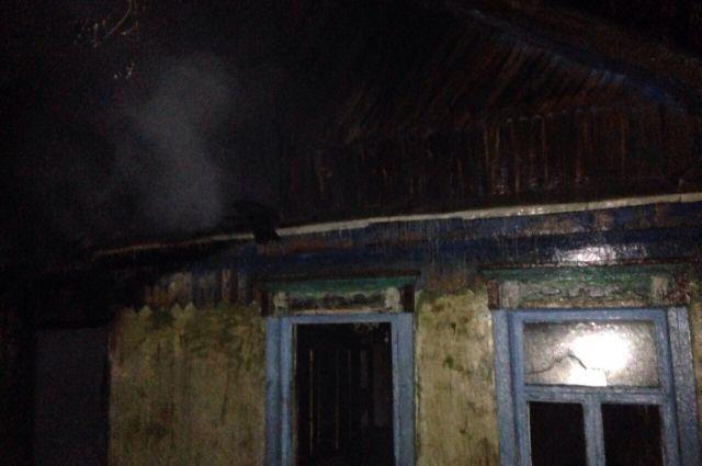 В Оренбурге в Дзержинском районе после Нового года сгорел дом