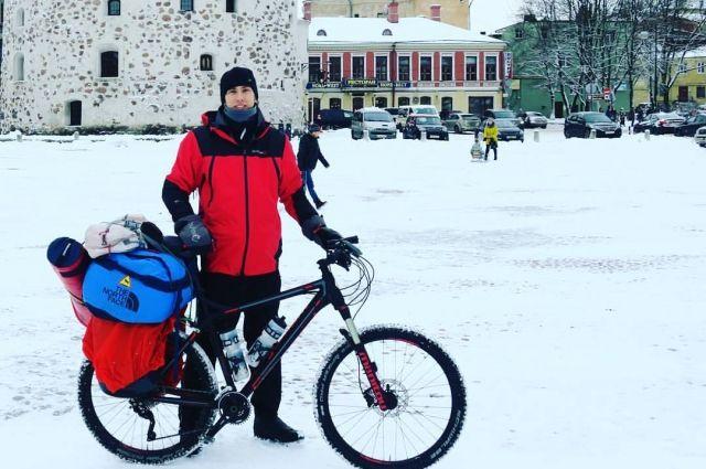 Белинский отправился к Санта-Клаусу через Финляндию и Выборг.