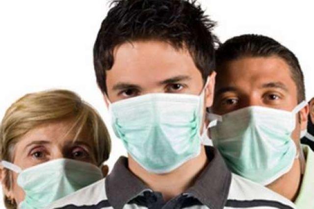При посещении больных, использовать маску.