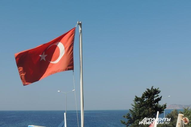Турецкий дизайнер схвачен заоскорбления вадрес властей