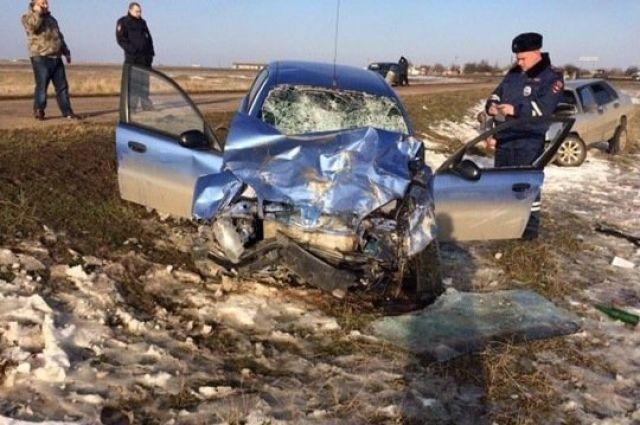 ВКрыму три человека погибли иеще шестеро пострадали вДТП