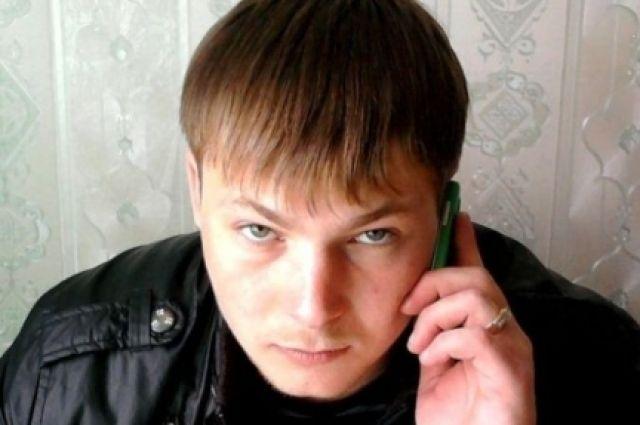 ВНовосибирске разыскивают мужчину, стрелявших всоседей вподъезде