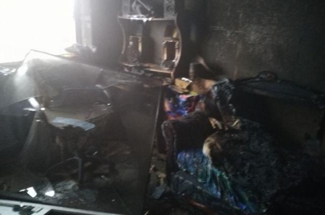 ВУсть-Илимске напожаре погибли две женщины иребенок