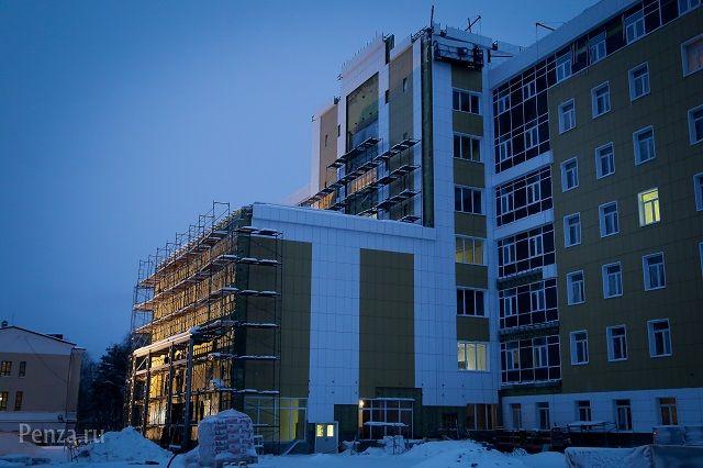 Иван Белозерцев выразил неудовлетворенность темпами работ.