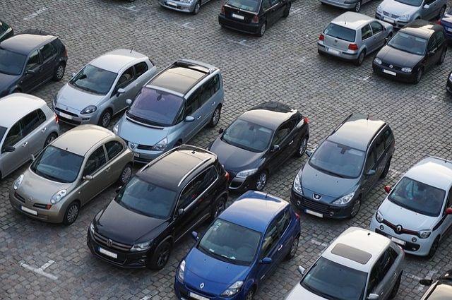 Челябинская елка из86 авто угодила вКнигу рекордов Российской Федерации